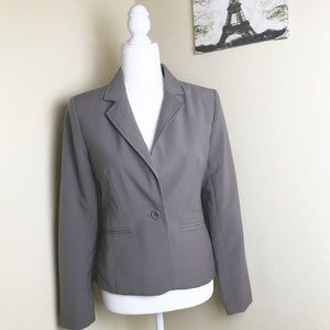 Madame Ms grayish tan one button blazer. 40
